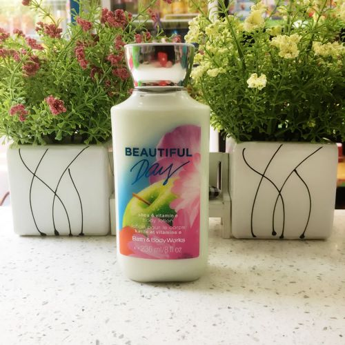 美国 Bath & Body Works/BBW 青苹果花香氛乳木果油维生素E保湿滋润身体乳液236ml