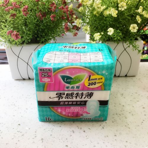 花王乐而雅零感特长日用卫生巾25CM16片