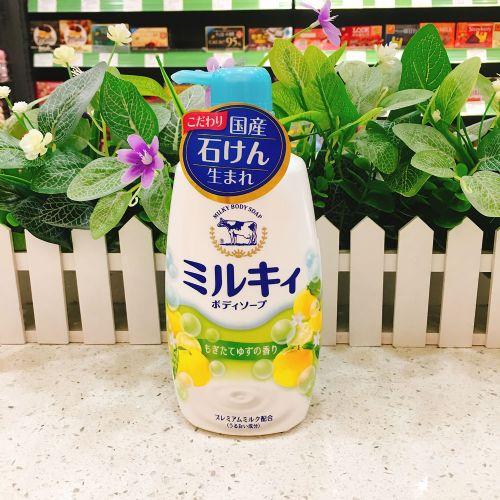 日本COW牛头沐浴露550ml(柠檬味)