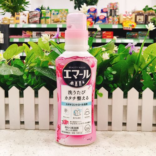 日本花王超浓缩中性洗衣液(玫瑰花香)500ml