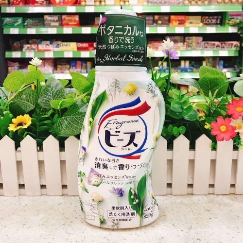 日本花王洗衣液(清新草本香型)820g