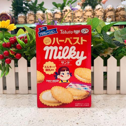 日本桃哈多不二家牛奶练奶夹心椰子饼6个(盒装)