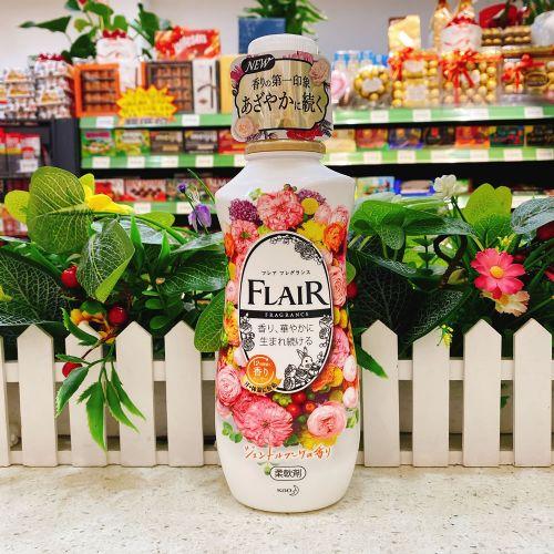 花王FLAIR衣物柔顺剂570ML(温和花香)